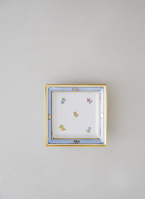 840867-6000-quadratische-schale-klein-biedermeier